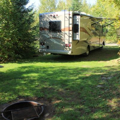 Golden Eagle Lodge – Resort & Campground