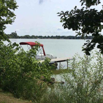 2Annes Lakeside RV Park
